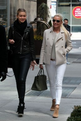 Yolanda+Foster+in+New+York+qlgaKkp_7PCx